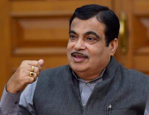 Gadkari creates a storm by claiming defaulter
