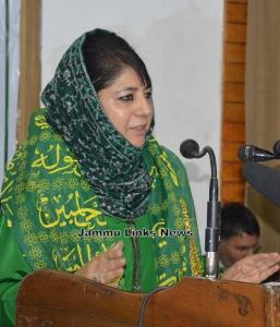 Mehbooba Mufti asks religious scholars to lead so...