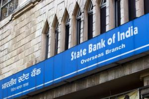 SBI reduces charges for non-maintenance of minimu...