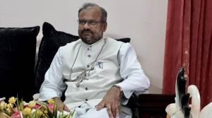 Rape accused Bishop being questioned for second d...