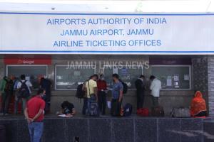 Jammu, Srinagar Airports receive 25 domestic flig...