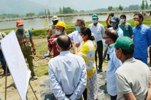 Commissioner Secretary Forests visits Bandipora; ...
