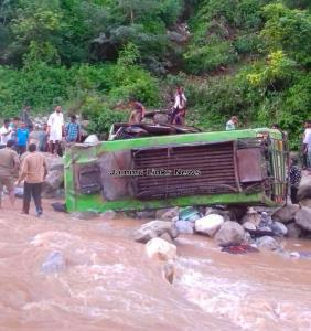 One killed, 21 injured after minibus plunges into...