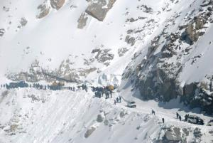 12-yr-old girl among 2 killed in avalanche in Ram...
