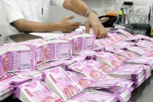 Fiscal deficit touches Rs 5.47 lakh crore at July...