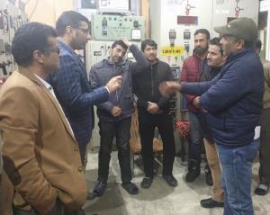 Snowfall forecast: DC Srinagar visits control roo...