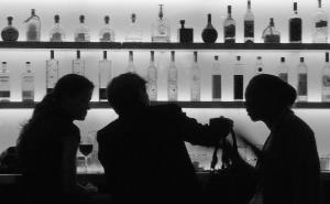 Liquor bars in J&K likely to resume business soon