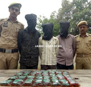 3 arrested with illicit liquor pouches