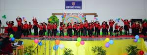 Gummy Bears of Heritage School celebrates jubilat...