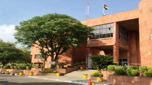 J&K HC cancels its summer vacation, also of distr...