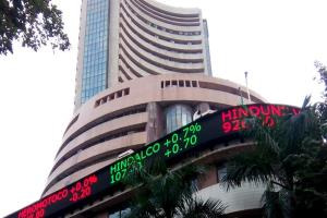 Sensex suffers more losses, down 148 points on gl...