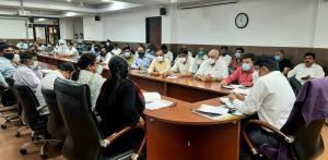 Div Com Jammu listens grievances of various Assoc...