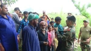 Army interacts with locals in Poonch