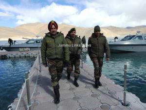 Northern Army Commander reviews security situation