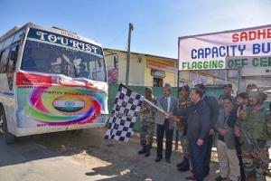 Army organises Capacity Building Tour for Rajouri...
