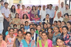 Healthy India Stronger India organizes self defen...