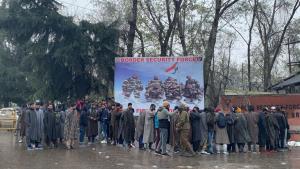 Thousands of Kashmiri youth participate in recrui...
