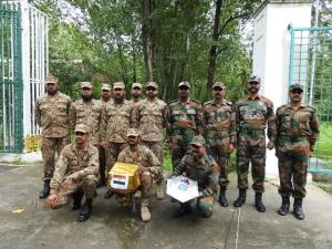 India, Pak armies exchange sweets on LoC