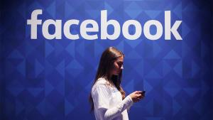 Facebook to demote links of websites republishing...