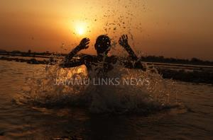 Watch out as heatwave to peak on Tuesday: IMD