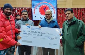 Advisor Sharma felicitates Valley