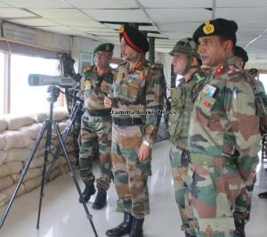 Northern Army Commander visits forward areas in R...