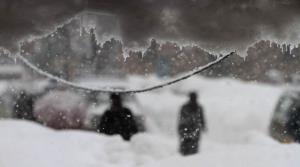 Kashmir shivers in intense cold