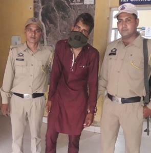 1 held with heroin in Samba