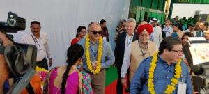 Heads of 87 foreign missions in India reached Amr...