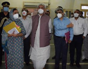 Lt Governor Sinha visits SMHS Hospital, takes sto...