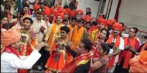 Navratra Festival: Prabhat Pheri concludes amid r...